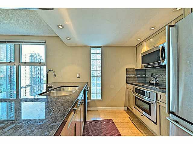 """Photo 4: Photos: B1105 1331 HOMER Street in Vancouver: Yaletown Condo for sale in """"PACIFIC POINT"""" (Vancouver West)  : MLS®# V1100721"""