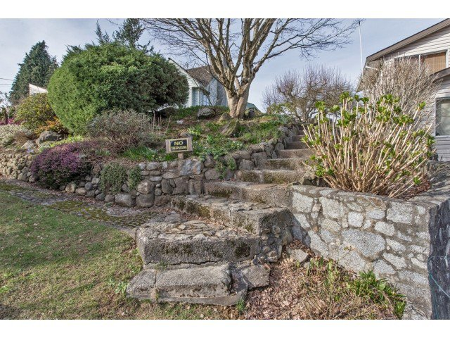 Photo 18: Photos: 32969 BEST Avenue in Mission: Mission BC House for sale : MLS®# F1433771