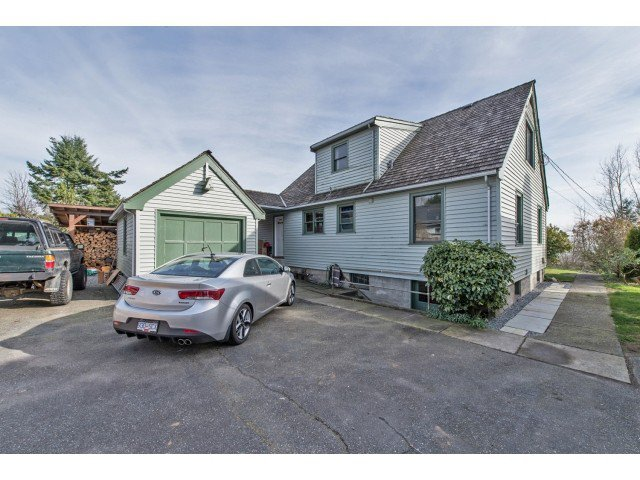 Photo 17: Photos: 32969 BEST Avenue in Mission: Mission BC House for sale : MLS®# F1433771