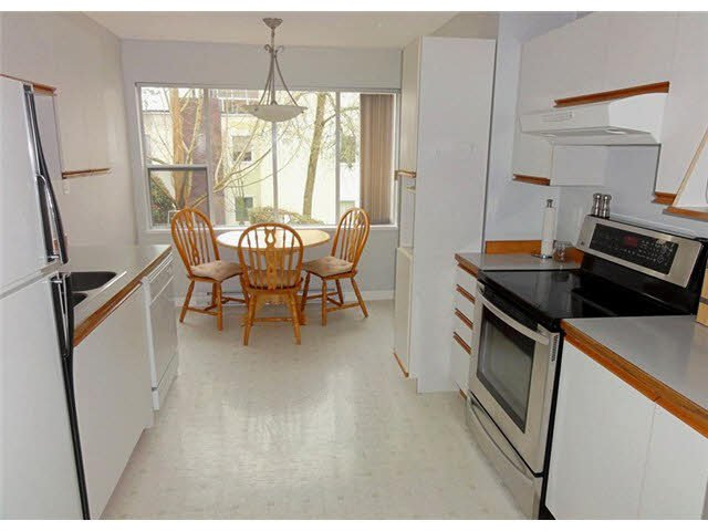 "Photo 9: Photos: 105 1273 MERKLIN Street: White Rock Condo for sale in ""CLIFTON LANE"" (South Surrey White Rock)  : MLS®# F1436403"