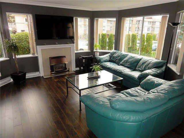 "Photo 3: Photos: 105 1273 MERKLIN Street: White Rock Condo for sale in ""CLIFTON LANE"" (South Surrey White Rock)  : MLS®# F1436403"