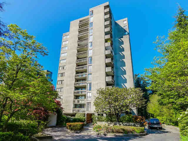 "Main Photo: 705 6689 WILLINGDON Avenue in Burnaby: Metrotown Condo for sale in ""KENSINGTON HOUSE"" (Burnaby South)  : MLS®# V1117773"