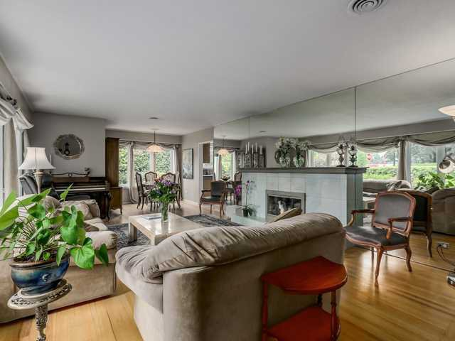 """Photo 4: Photos: 3005 BEVERLEY Crescent in North Vancouver: Edgemont House for sale in """"Edgemont Village"""" : MLS®# V1124606"""