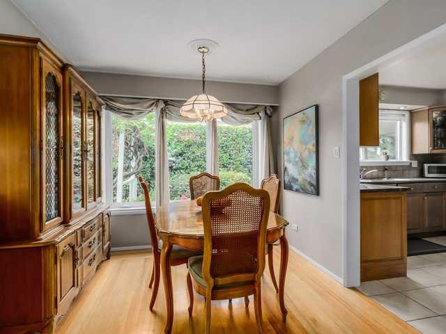 """Photo 6: Photos: 3005 BEVERLEY Crescent in North Vancouver: Edgemont House for sale in """"Edgemont Village"""" : MLS®# V1124606"""