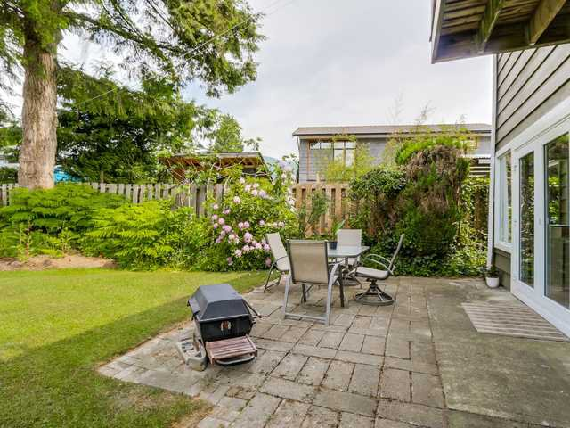 """Photo 18: Photos: 3005 BEVERLEY Crescent in North Vancouver: Edgemont House for sale in """"Edgemont Village"""" : MLS®# V1124606"""
