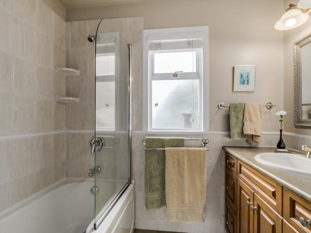 """Photo 13: Photos: 3005 BEVERLEY Crescent in North Vancouver: Edgemont House for sale in """"Edgemont Village"""" : MLS®# V1124606"""