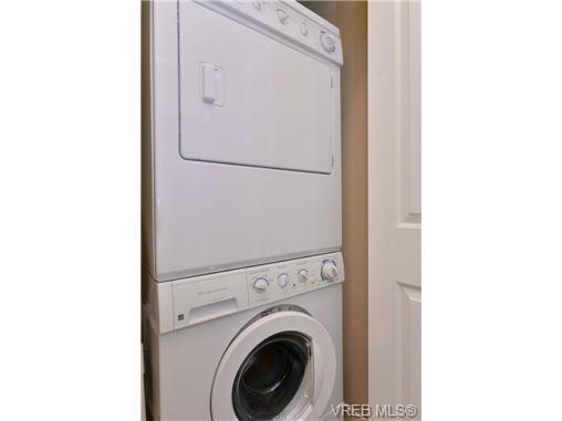 Photo 13: Photos: 103 662 Goldstream Ave in VICTORIA: La Fairway Condo Apartment for sale (Langford)  : MLS®# 717329