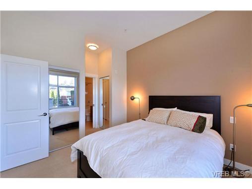 Photo 10: Photos: 103 662 Goldstream Ave in VICTORIA: La Fairway Condo Apartment for sale (Langford)  : MLS®# 717329
