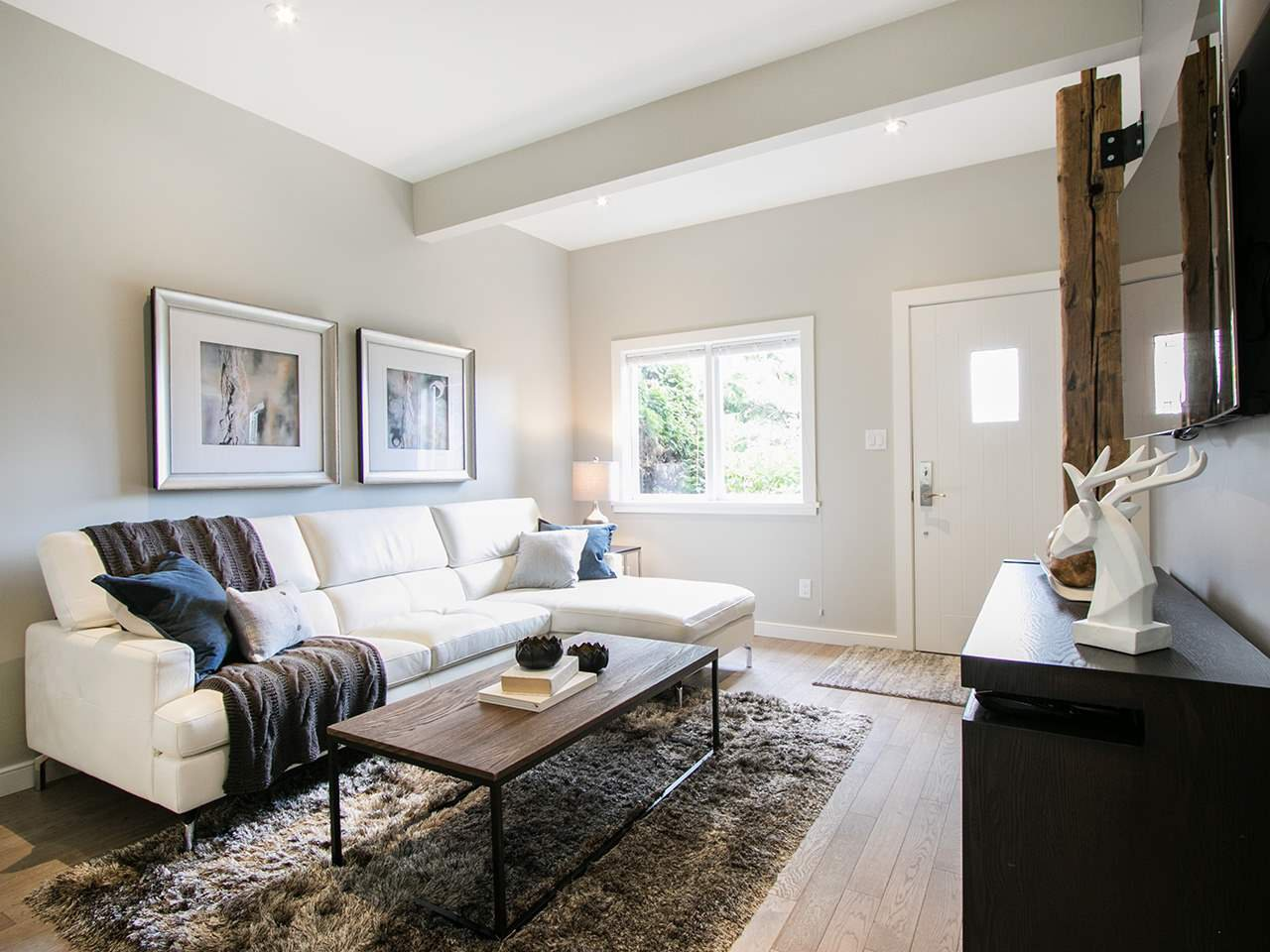 Photo 11: Photos: 158 E 26TH Avenue in Vancouver: Main House for sale (Vancouver East)  : MLS®# R2042714
