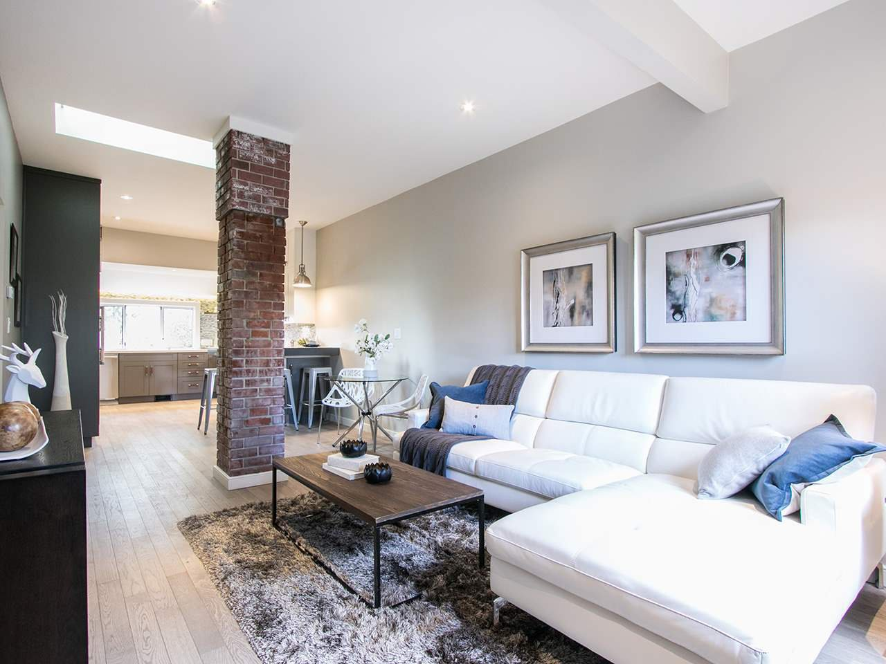 Photo 10: Photos: 158 E 26TH Avenue in Vancouver: Main House for sale (Vancouver East)  : MLS®# R2042714