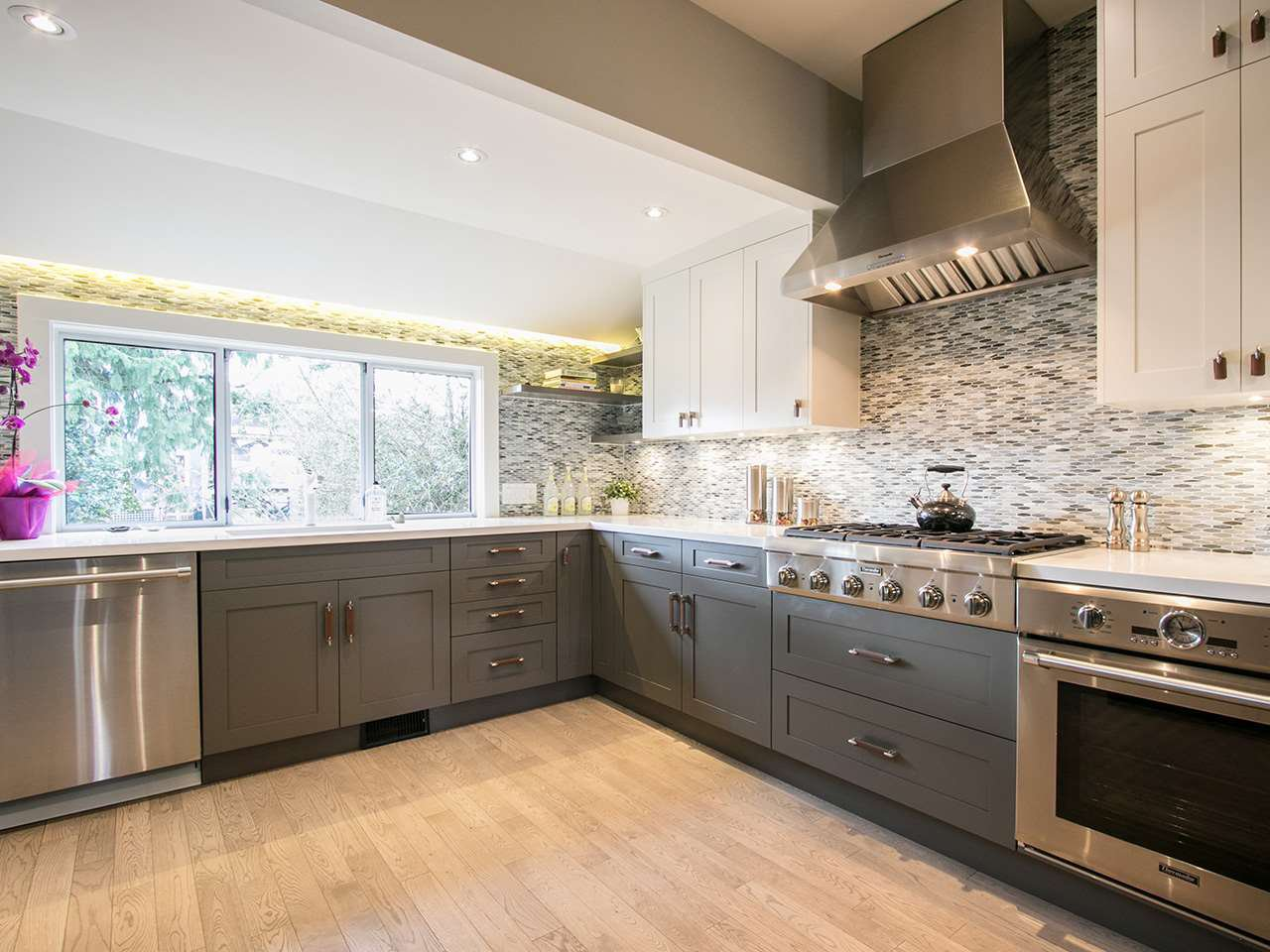 Photo 5: Photos: 158 E 26TH Avenue in Vancouver: Main House for sale (Vancouver East)  : MLS®# R2042714