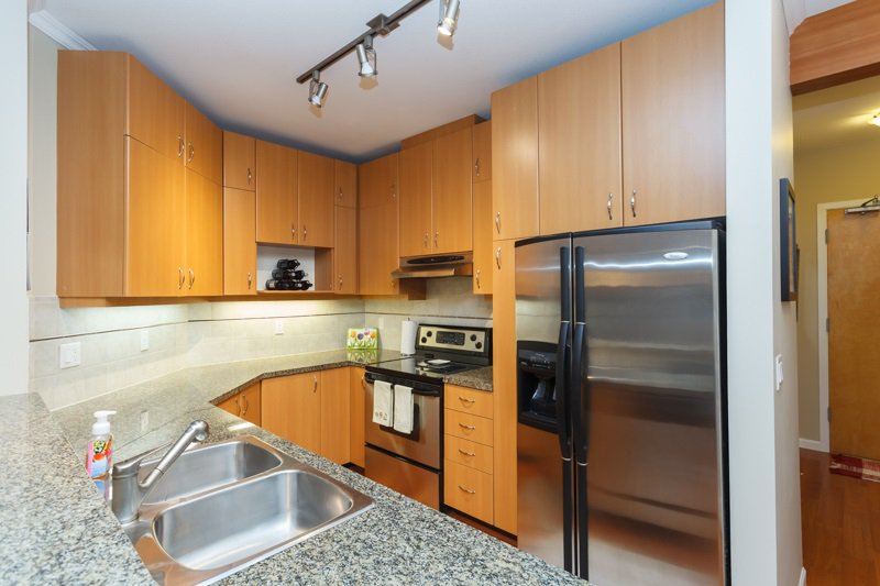 """Photo 4: Photos: 224 580 RAVEN WOODS Drive in North Vancouver: Roche Point Condo for sale in """"SEASONS @ RAVENWOODS"""" : MLS®# R2069286"""
