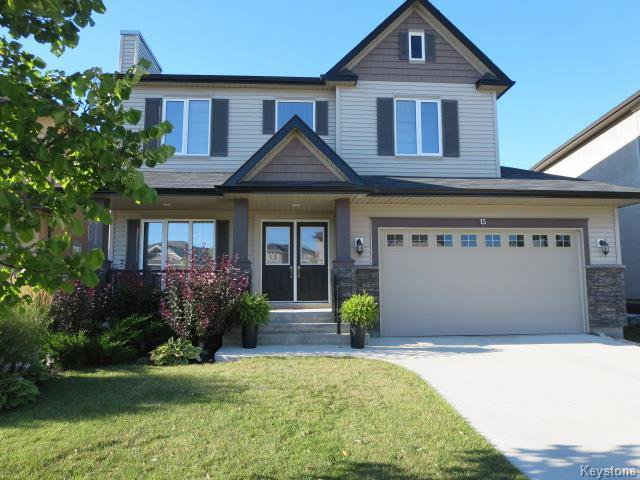 Main Photo: 15 Appletree Crescent in Winnipeg: Bridgwater Forest Residential for sale (1R)  : MLS®# 1720782