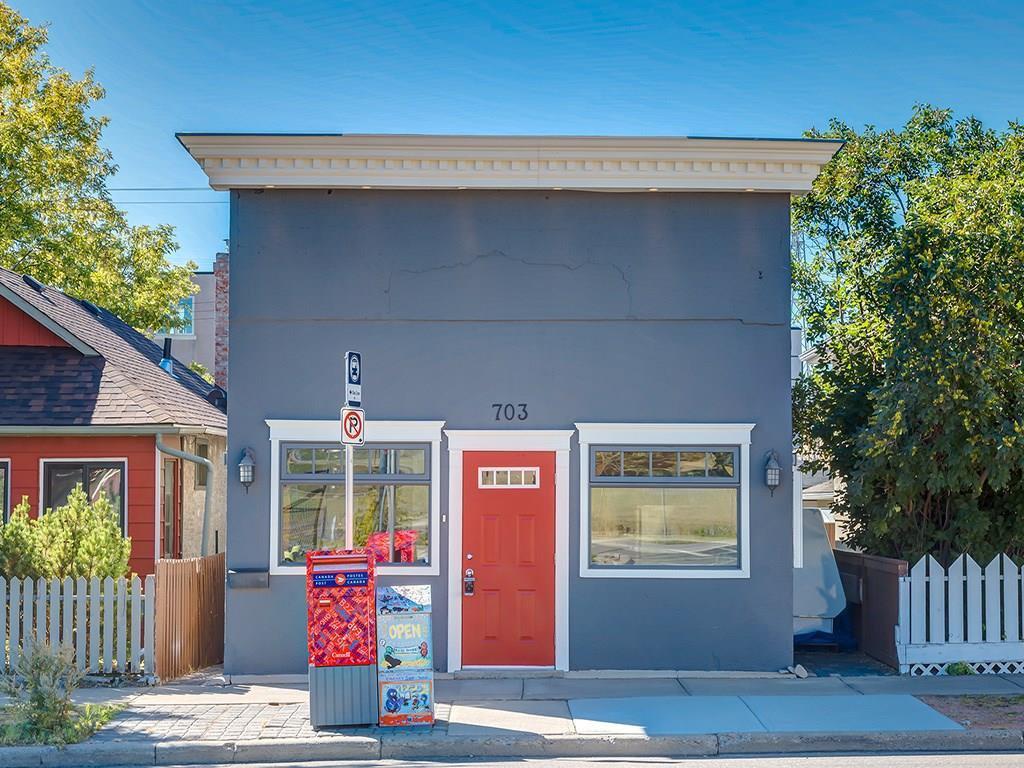 Main Photo: 703 23 AV SE in Calgary: Ramsay House for sale : MLS®# C4132664