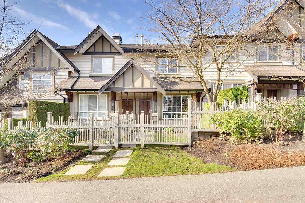 "Main Photo: 106 2200 PANORAMA Drive in Port Moody: Heritage Woods PM Townhouse for sale in ""QUEST"" : MLS®# R2248826"