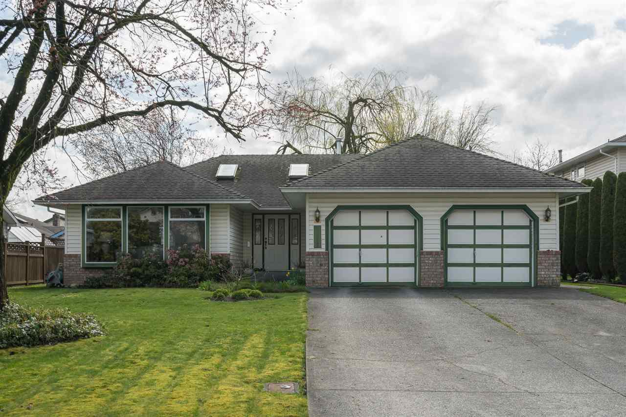 """Main Photo: 31458 CROSSLEY Place in Abbotsford: Abbotsford West House for sale in """"Crossley Park"""" : MLS®# R2254695"""