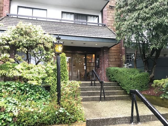 Main Photo: 110 444 E 6TH Avenue in Vancouver: Mount Pleasant VE Condo for sale (Vancouver East)  : MLS®# R2257431