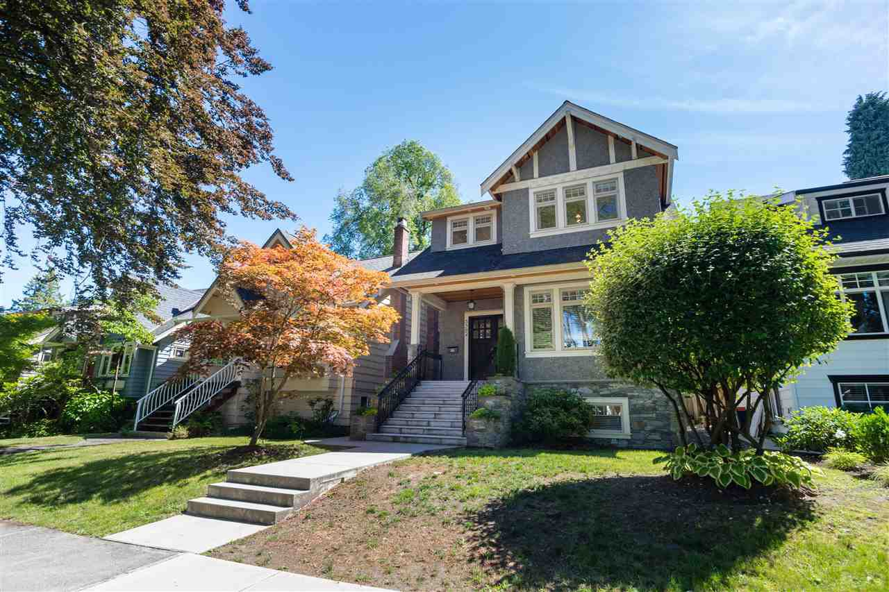 Main Photo: 3562 W 13TH Avenue in Vancouver: Kitsilano House for sale (Vancouver West)  : MLS®# R2338902