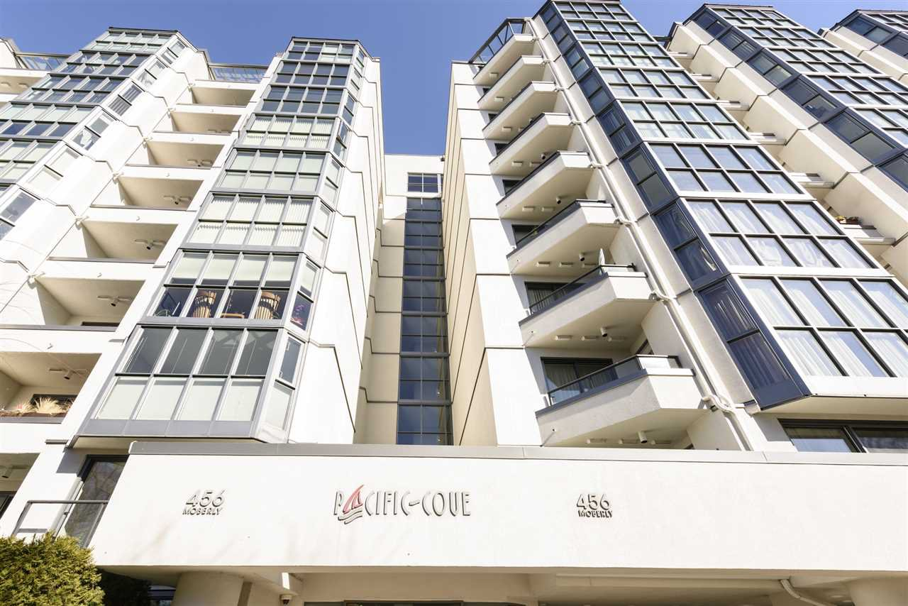 """Main Photo: 317 456 MOBERLY Road in Vancouver: False Creek Condo for sale in """"PACIFIC COVE"""" (Vancouver West)  : MLS®# R2343490"""