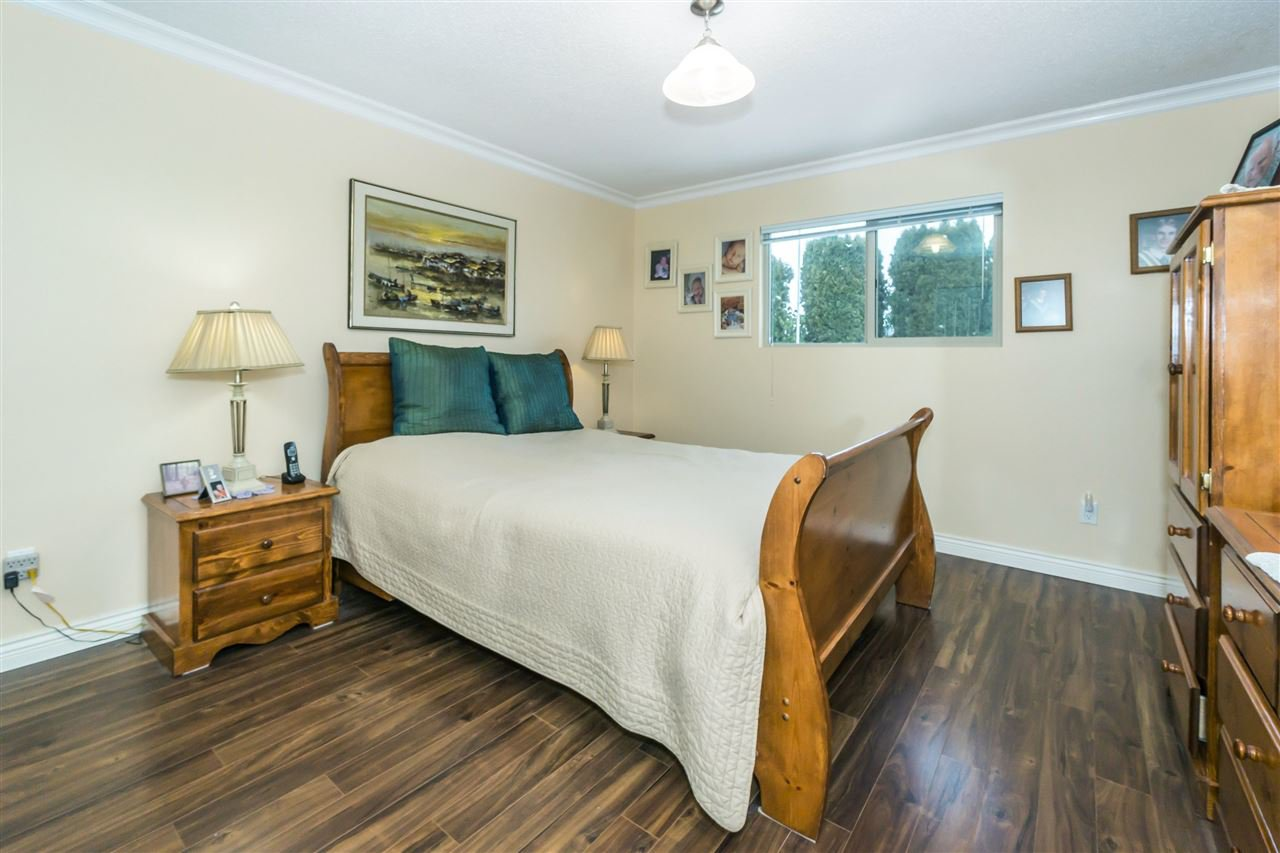 Photo 11: Photos: 27175 34 Avenue in Langley: Aldergrove Langley House for sale : MLS®# R2343088