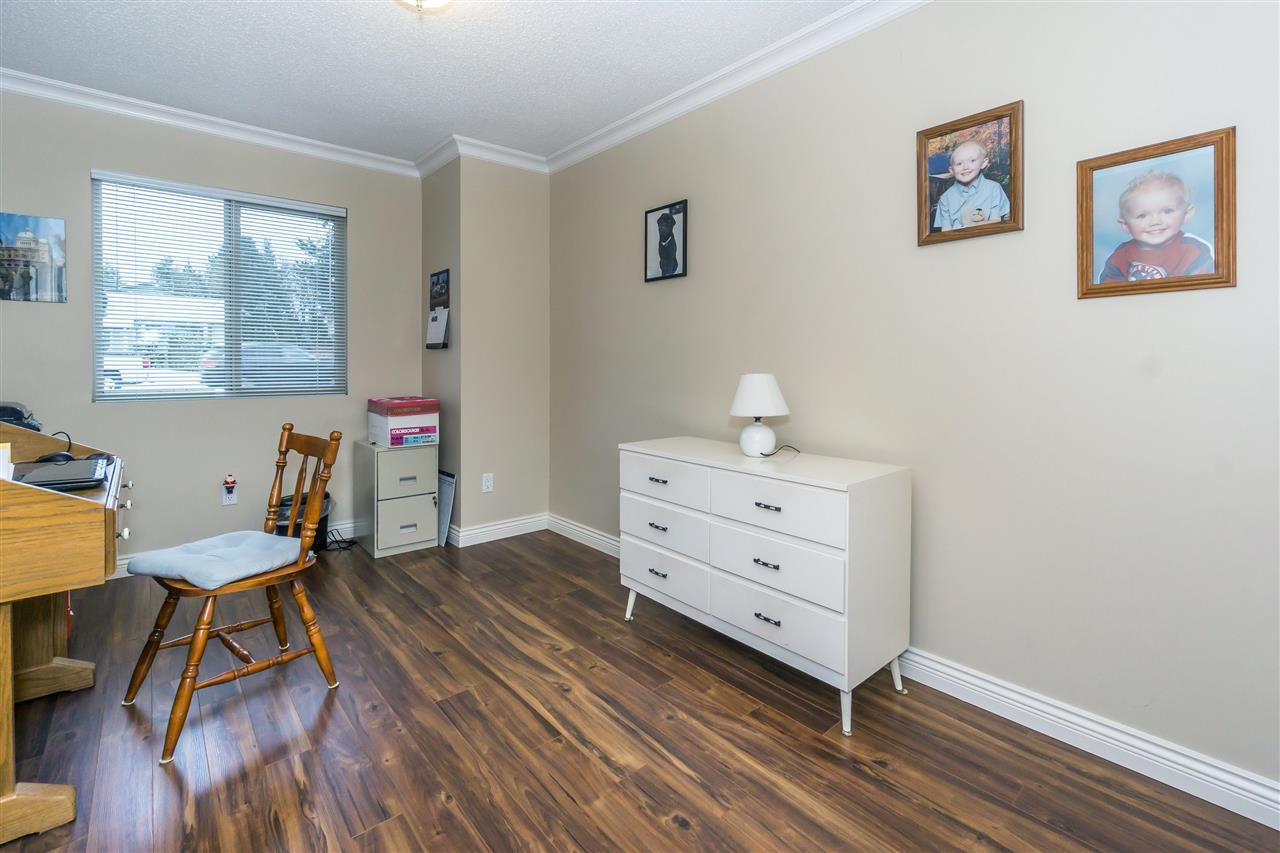 Photo 15: Photos: 27175 34 Avenue in Langley: Aldergrove Langley House for sale : MLS®# R2343088