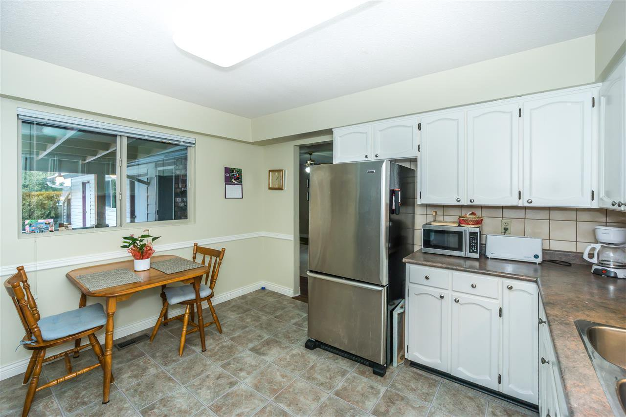 Photo 9: Photos: 27175 34 Avenue in Langley: Aldergrove Langley House for sale : MLS®# R2343088
