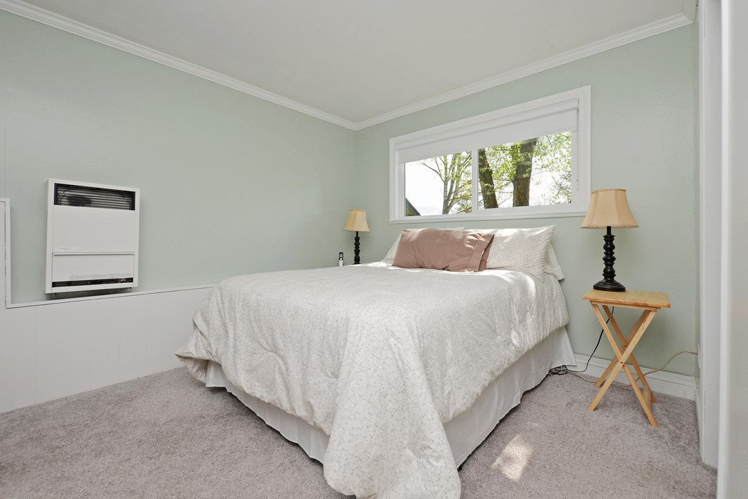 Photo 13: Photos: 29880 SILVERDALE Avenue in Mission: Mission-West House for sale : MLS®# R2359145