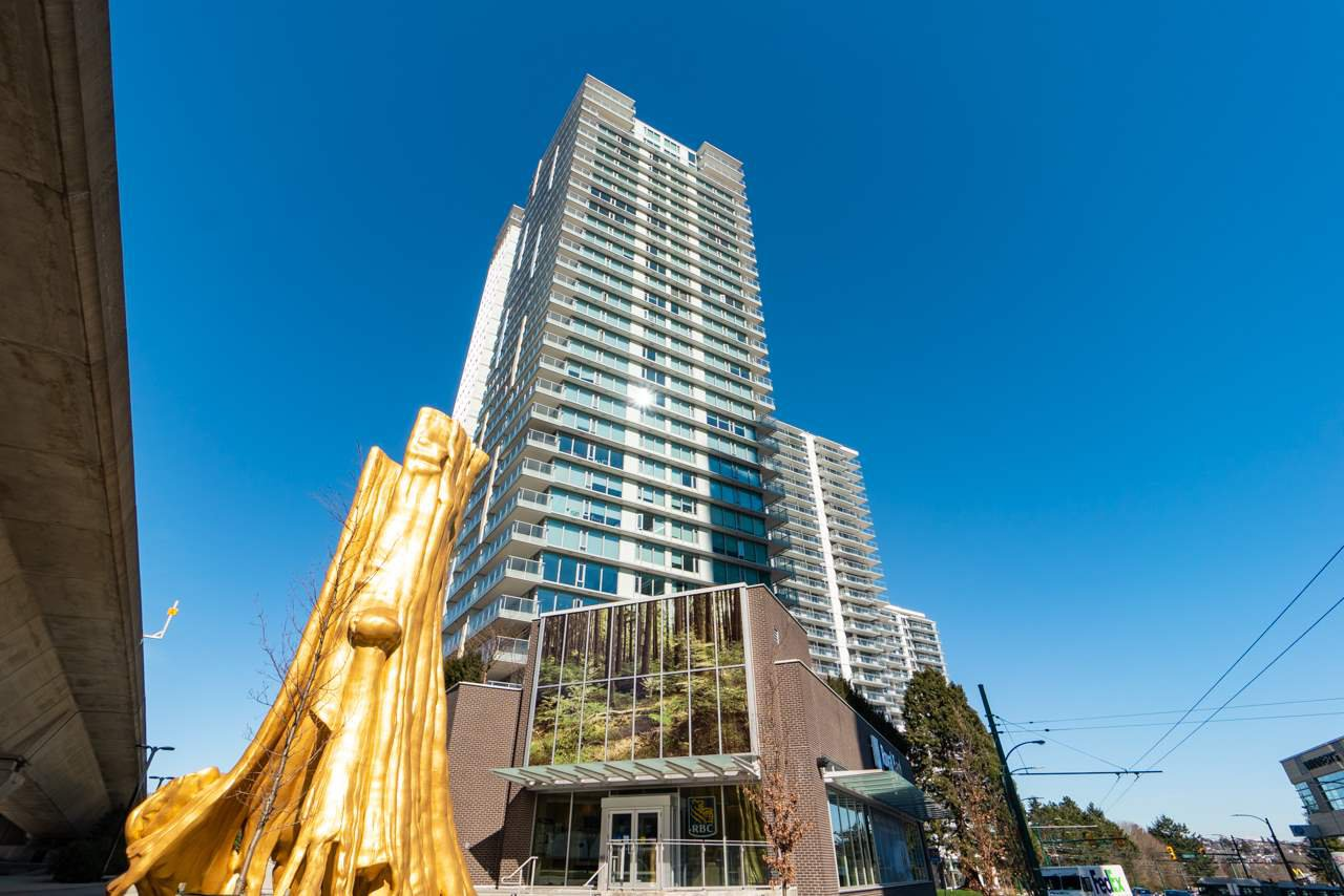 "Main Photo: 1104 8131 NUNAVUT Lane in Vancouver: Marpole Condo for sale in ""MC2"" (Vancouver West)  : MLS®# R2375013"