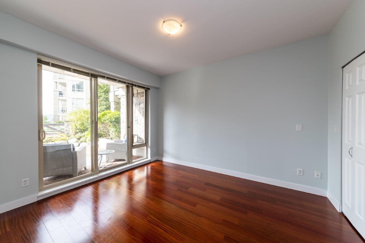 """Photo 10: Photos: 101 580 RAVENWOODS Drive in North Vancouver: Roche Point Condo for sale in """"Raven Woods"""" : MLS®# R2407526"""