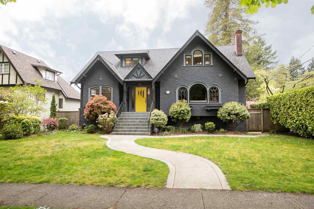 "Main Photo: 5909 TRAFALGAR Street in Vancouver: Kerrisdale House for sale in ""KERRISDALE"" (Vancouver West)  : MLS®# R2452280"