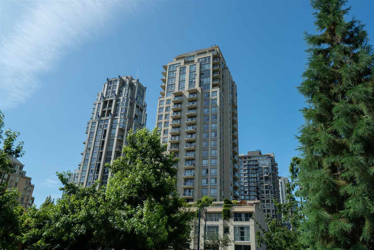 "Main Photo: 1602 1225 RICHARDS Street in Vancouver: Downtown VW Condo for sale in ""Eden"" (Vancouver West)  : MLS®# R2479523"