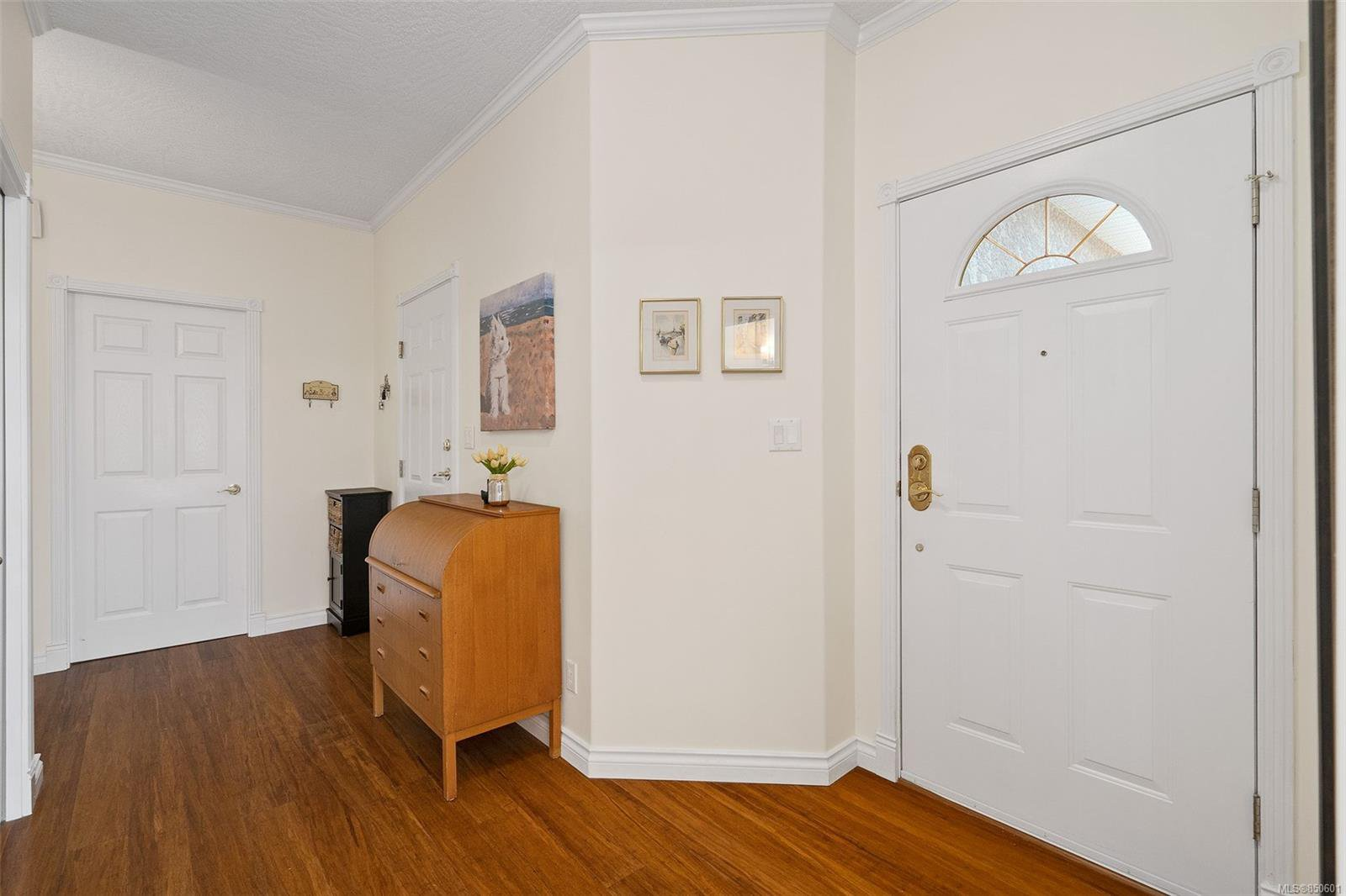 Photo 11: Photos: 5 2235 Harbour Rd in : Si Sidney North-East Row/Townhouse for sale (Sidney)  : MLS®# 850601