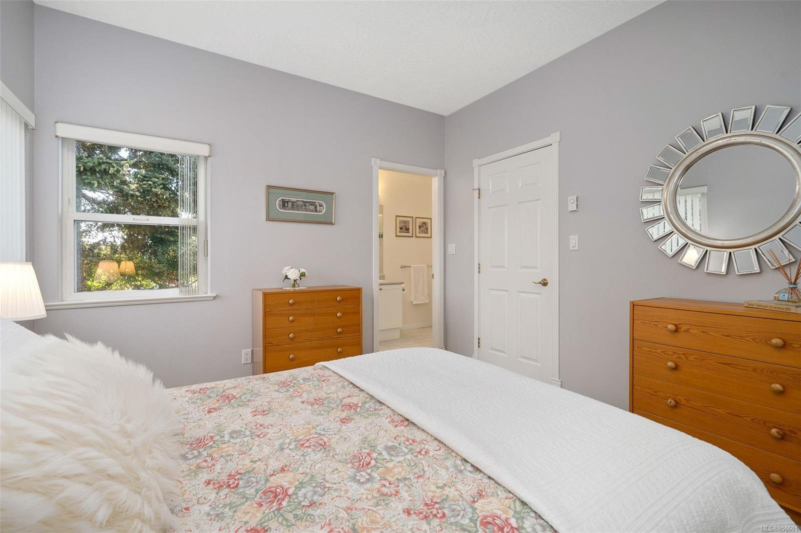 Photo 20: Photos: 5 2235 Harbour Rd in : Si Sidney North-East Row/Townhouse for sale (Sidney)  : MLS®# 850601