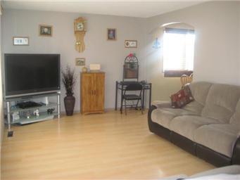 Photo 7: Photos: 61 Government Road in Saskatoon: Prud'Homme Single Family Dwelling  (Saskatoon NE)  : MLS®# 395467