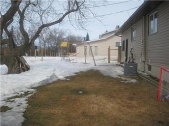 Photo 21: Photos: 61 Government Road in Saskatoon: Prud'Homme Single Family Dwelling  (Saskatoon NE)  : MLS®# 395467