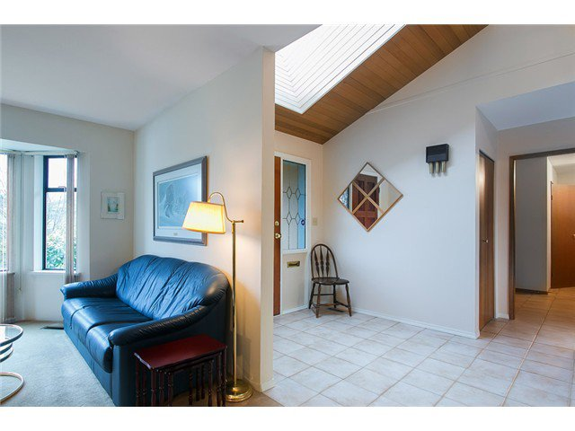 Photo 2: Photos: 684 WILDING Place in North Vancouver: Tempe House for sale : MLS®# V1053900