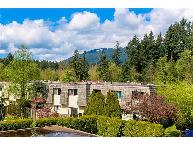 "Photo 2: Photos: 1009 OLD LILLOOET Road in North Vancouver: Lynnmour Condo for sale in ""Lynnmour West"" : MLS®# V1060053"