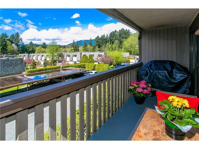 "Photo 15: Photos: 1009 OLD LILLOOET Road in North Vancouver: Lynnmour Condo for sale in ""Lynnmour West"" : MLS®# V1060053"