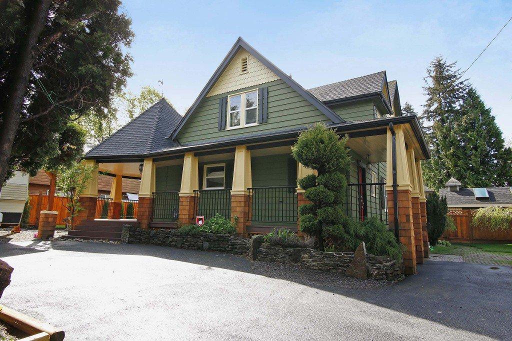 Main Photo: 21250 DEWDNEY TRUNK Road in Maple Ridge: Southwest Maple Ridge House for sale : MLS®# V1062098