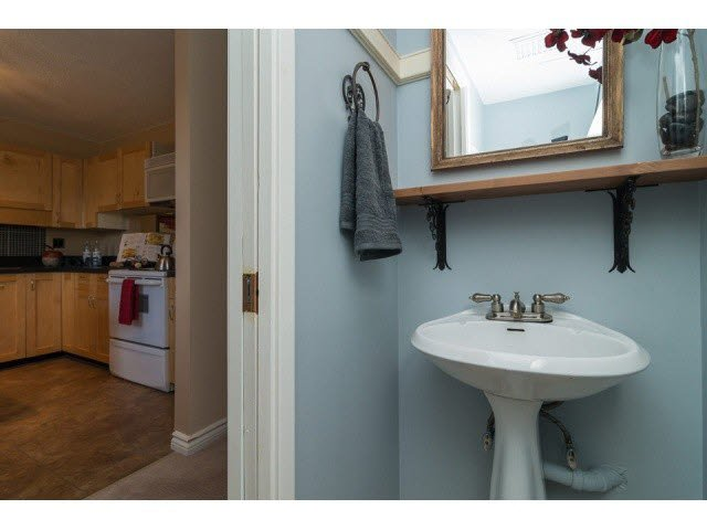 """Photo 13: Photos: 10 2980 MARINER Way in Coquitlam: Ranch Park Townhouse for sale in """"MARINER MEWS"""" : MLS®# V1088633"""