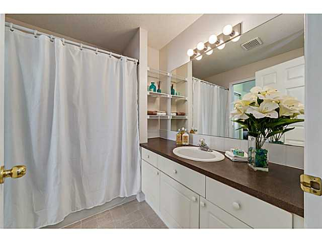 Photo 11: Photos: 127 HARVEST GOLD Place NE in Calgary: Harvest Hills Townhouse for sale : MLS®# C3653395