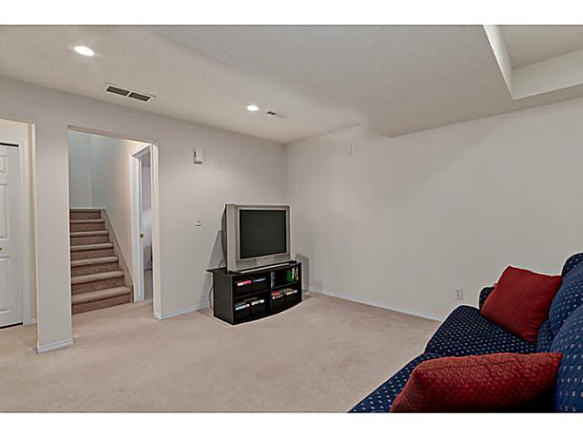 Photo 14: Photos: 127 HARVEST GOLD Place NE in Calgary: Harvest Hills Townhouse for sale : MLS®# C3653395