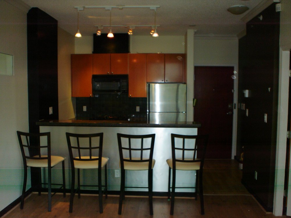 Main Photo: 202 928 Richards St in The Savoy: Downtown Home for sale ()