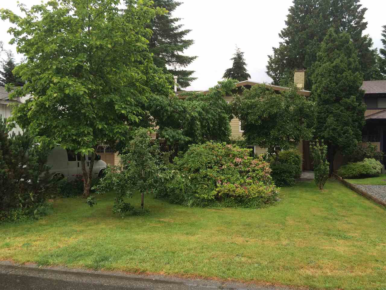 Main Photo: 9135 147 Street in Surrey: Bear Creek Green Timbers House for sale : MLS®# R2079625