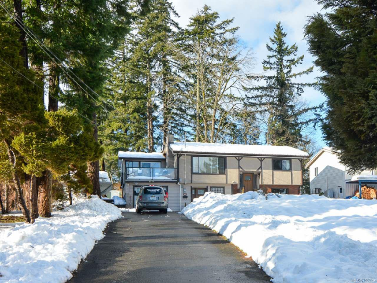 Main Photo: 2924 Suffield Rd in COURTENAY: CV Courtenay East House for sale (Comox Valley)  : MLS®# 750320