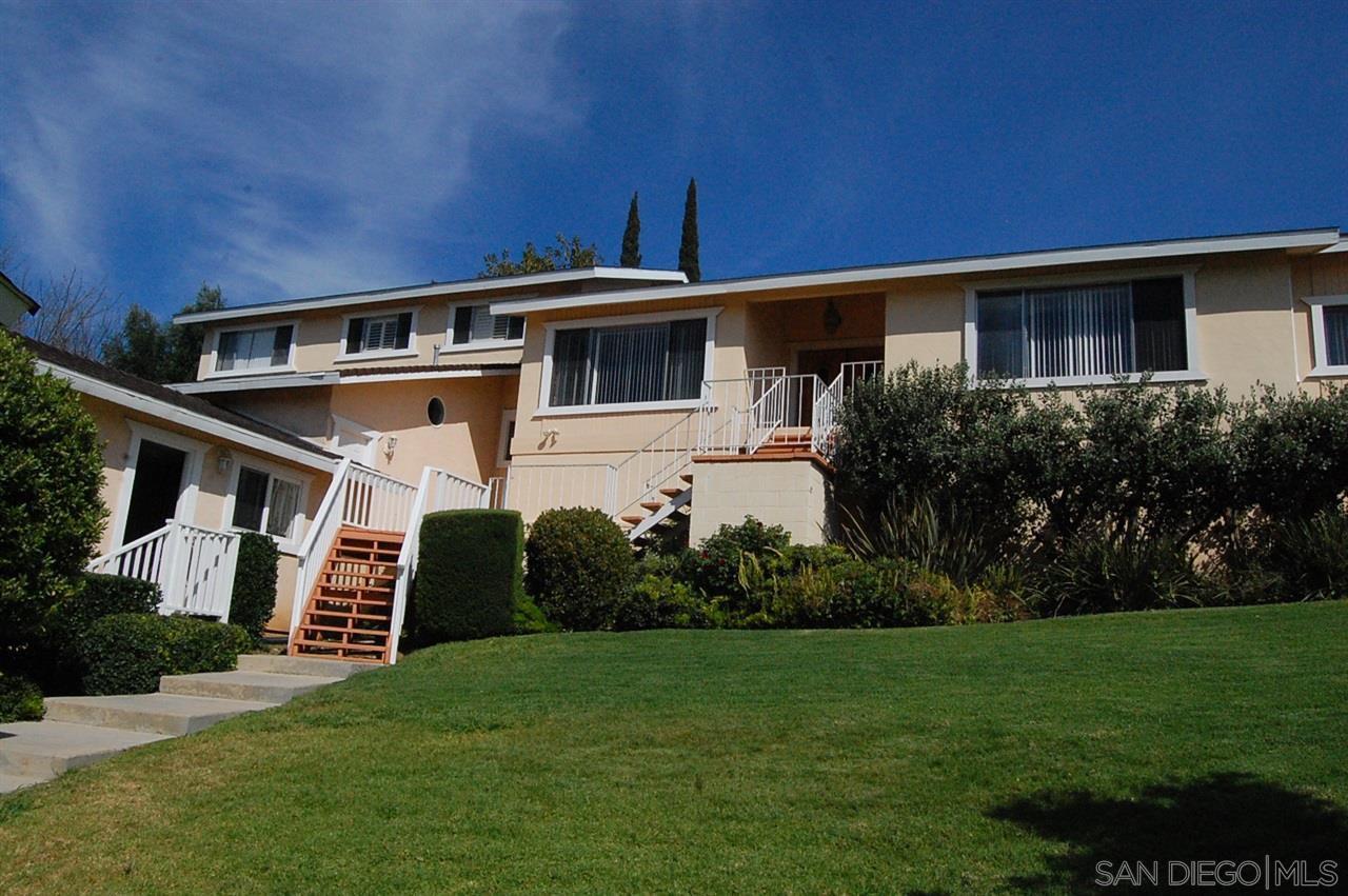Main Photo: EL CAJON House for rent : 4 bedrooms : 11913 Fuerte Dr