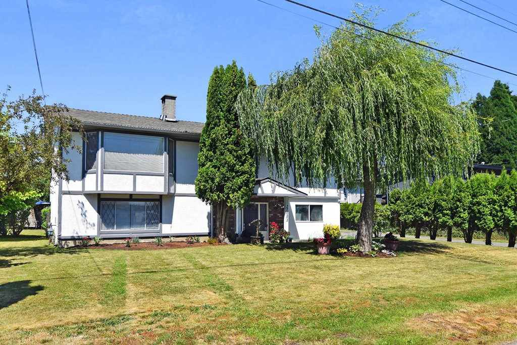 Main Photo: 27053 28A Avenue in Langley: Aldergrove Langley House for sale : MLS®# R2289155