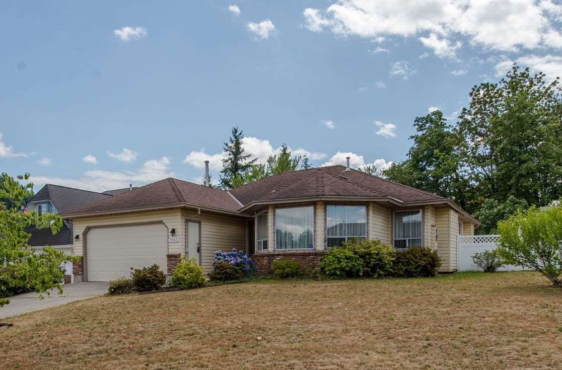 Main Photo: 3047 CASSIAR Avenue in Abbotsford: Abbotsford East House for sale : MLS®# R2312839