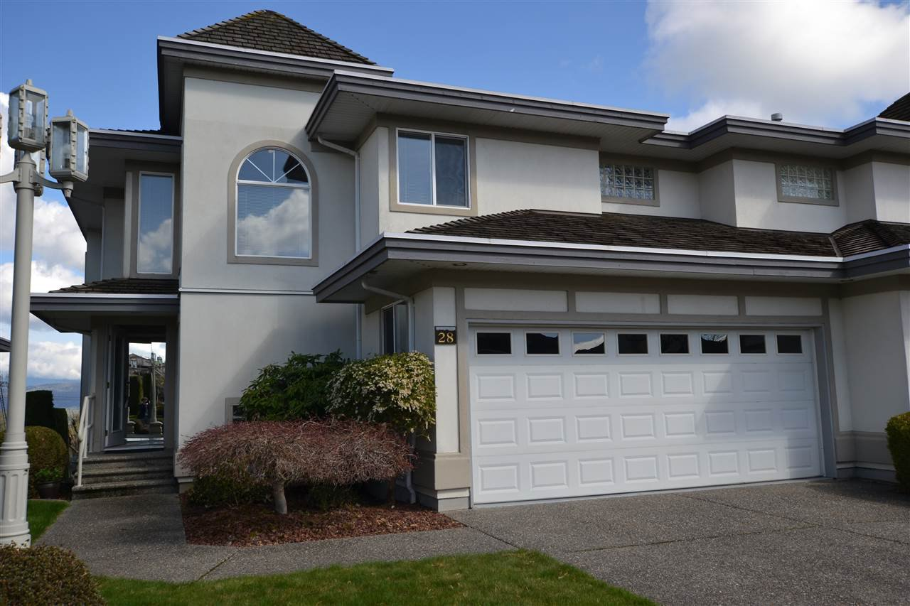 Main Photo: 28 31445 RIDGEVIEW Drive in Abbotsford: Abbotsford West Townhouse for sale : MLS®# R2356224
