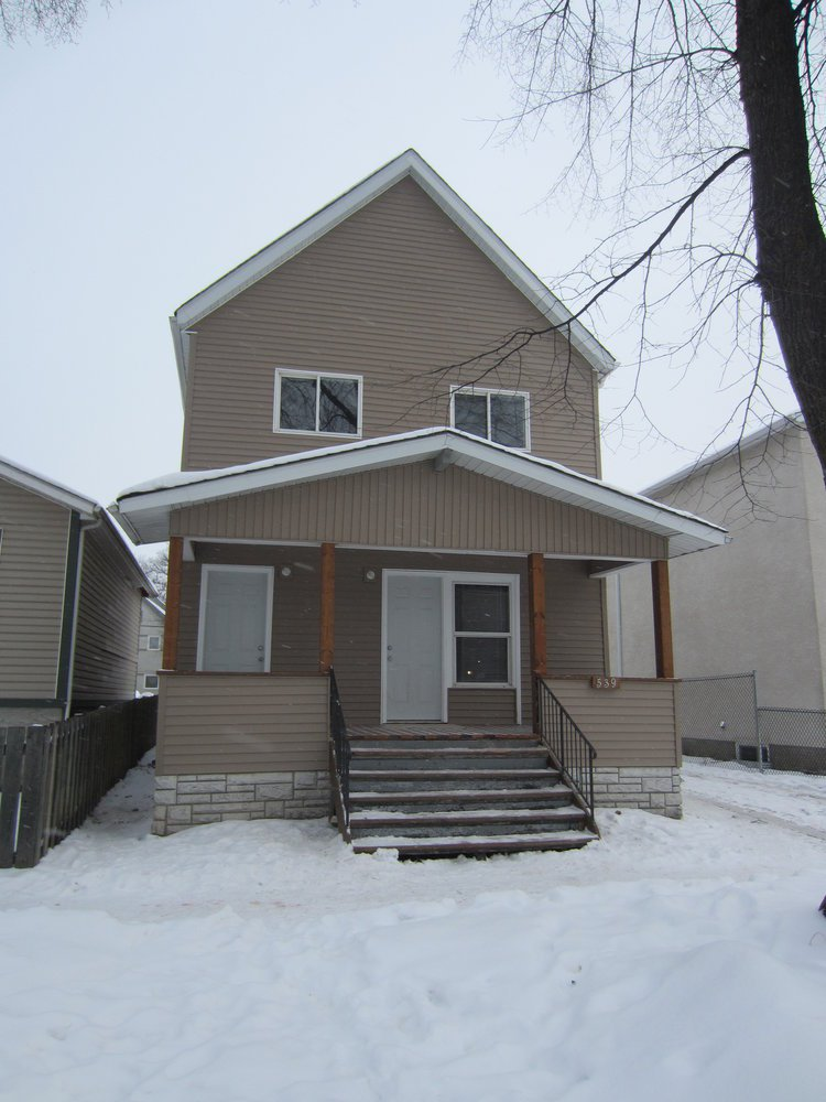 Main Photo:  in Winnipeg: Duplex for sale